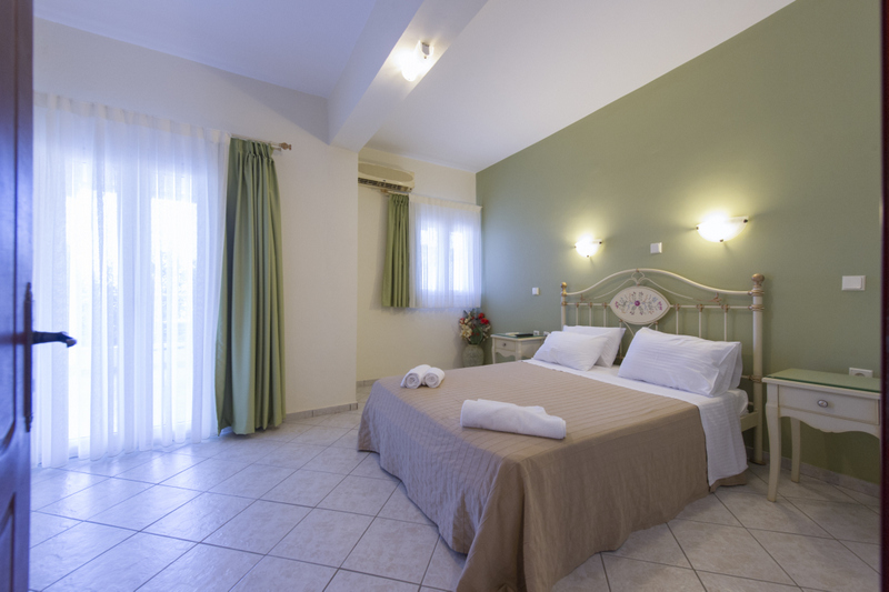 Appartamenti a due posti - ROUSIS studios and apartments ...